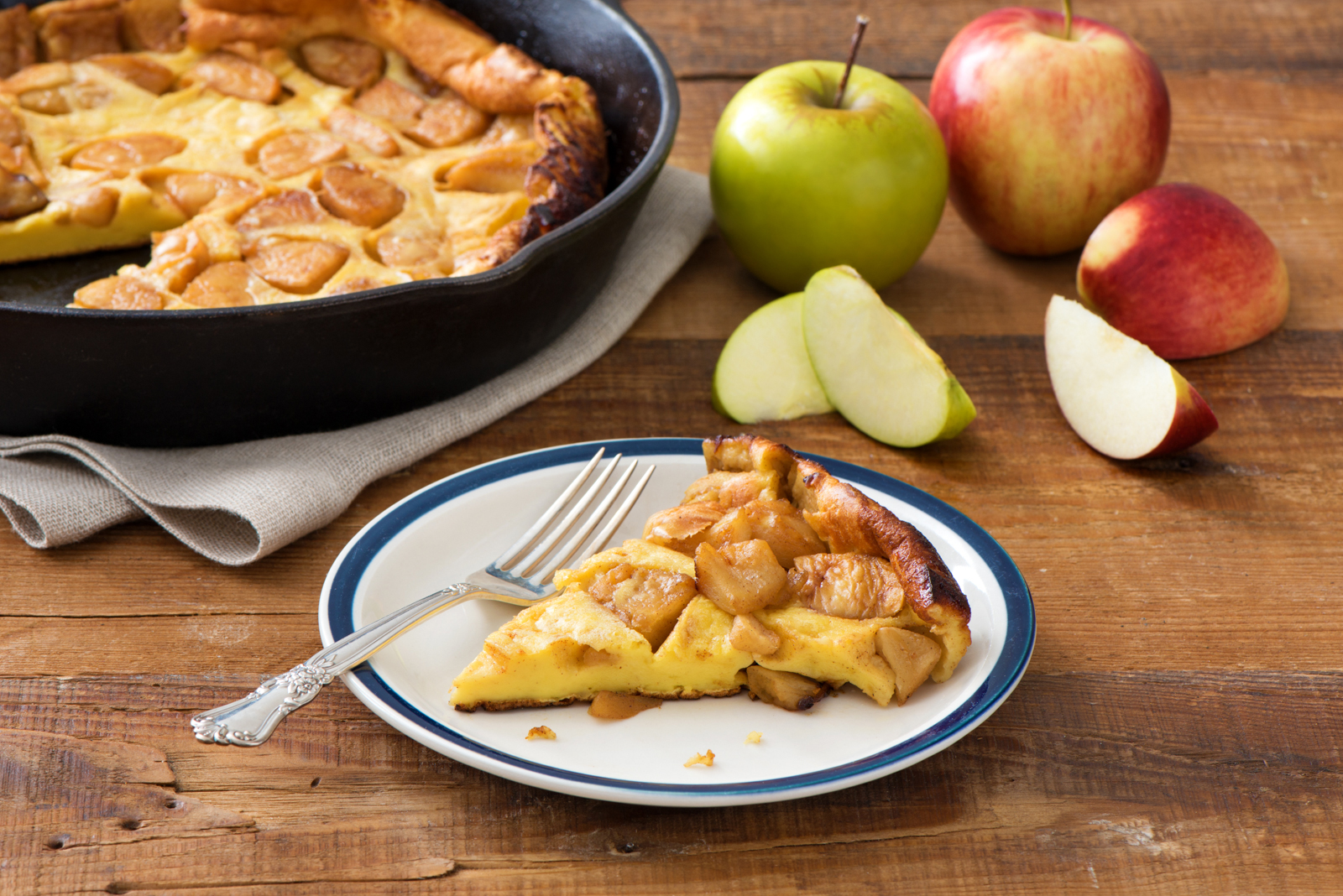 Puffy Baked Apple Pancake