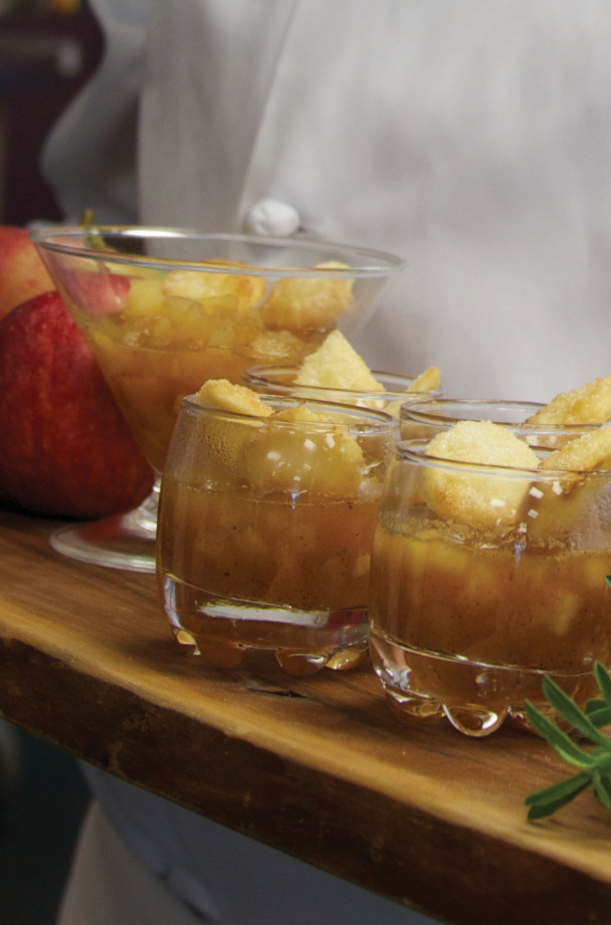 Ontario Apple Pie Shooters